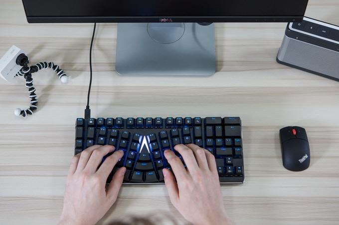 Настройки клавиатуры (макросы и горячие клавиши) X-Blows
